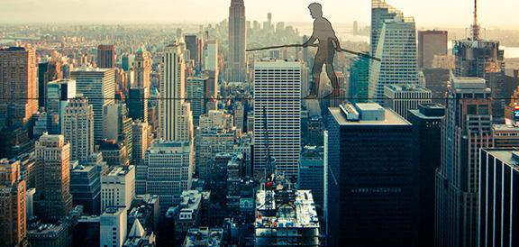 """""""Un cerchio a Manhattan"""" dallo spettacolo """"Viaggio sul filo"""""""